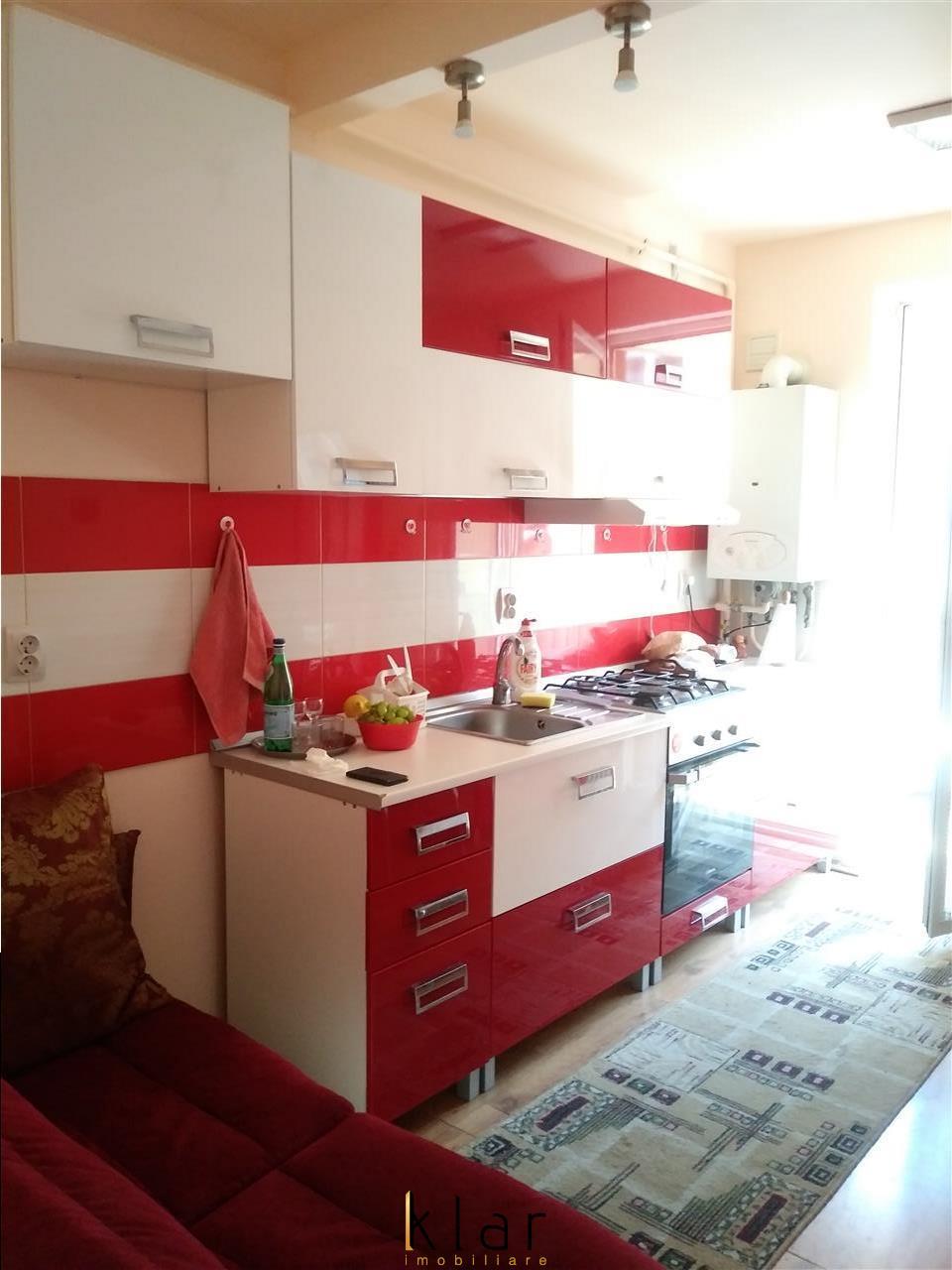 Apartament cu 1 camera, la cheie, zona Porii!