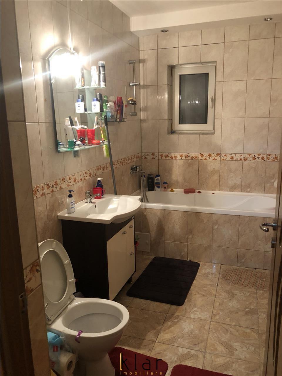 Apartament de inchiriat complet mobilat si utilat in centru FLORESTIULUI!