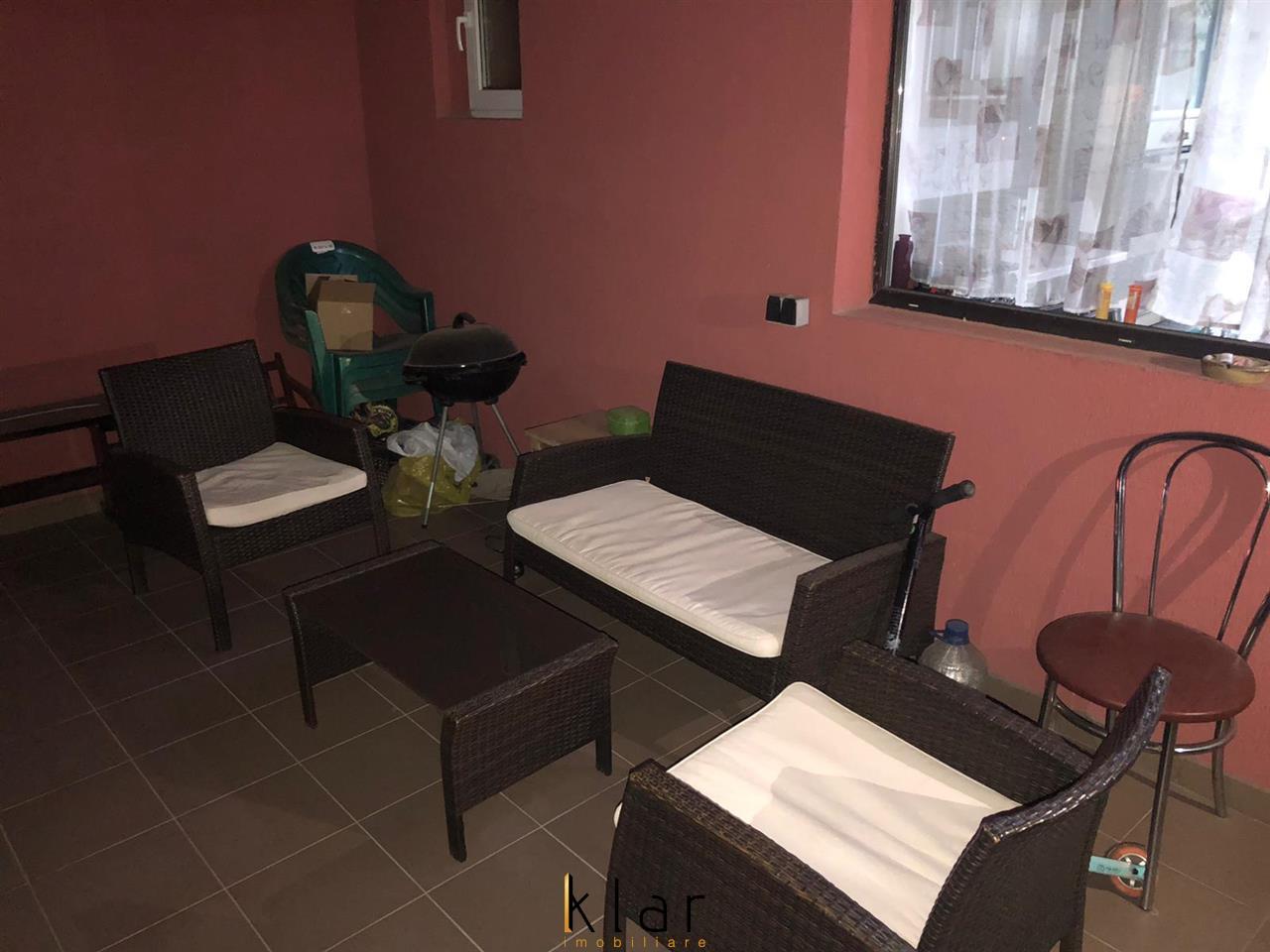 Apartament de vanzare 2 camere cu mansarda finisata!