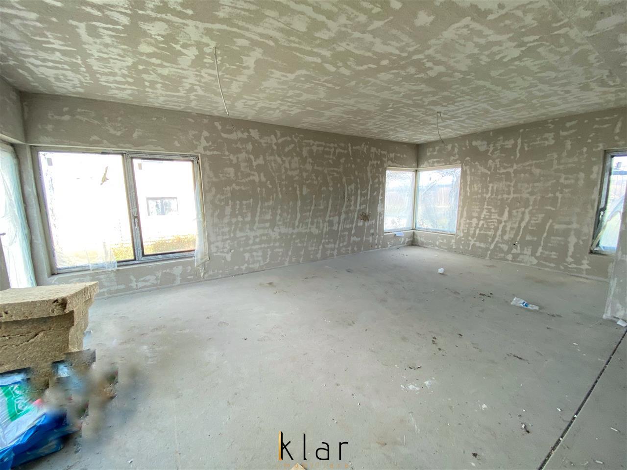 Casa individuala de vanzare , zona de case noi in Dezmir