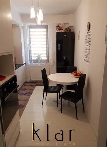 Apartament  modern , de vanzare zona Tauti, 3 camere decomandat!