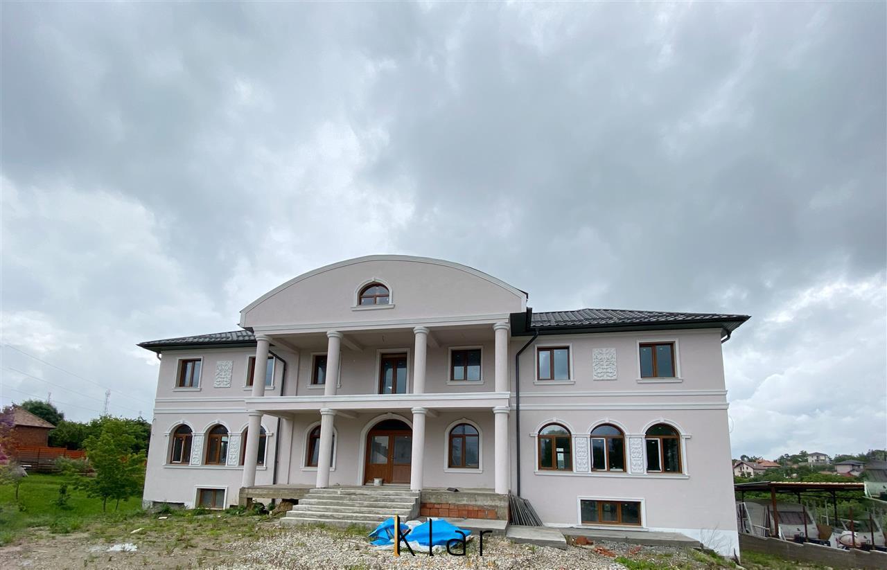 Casa individuala cu teren generos
