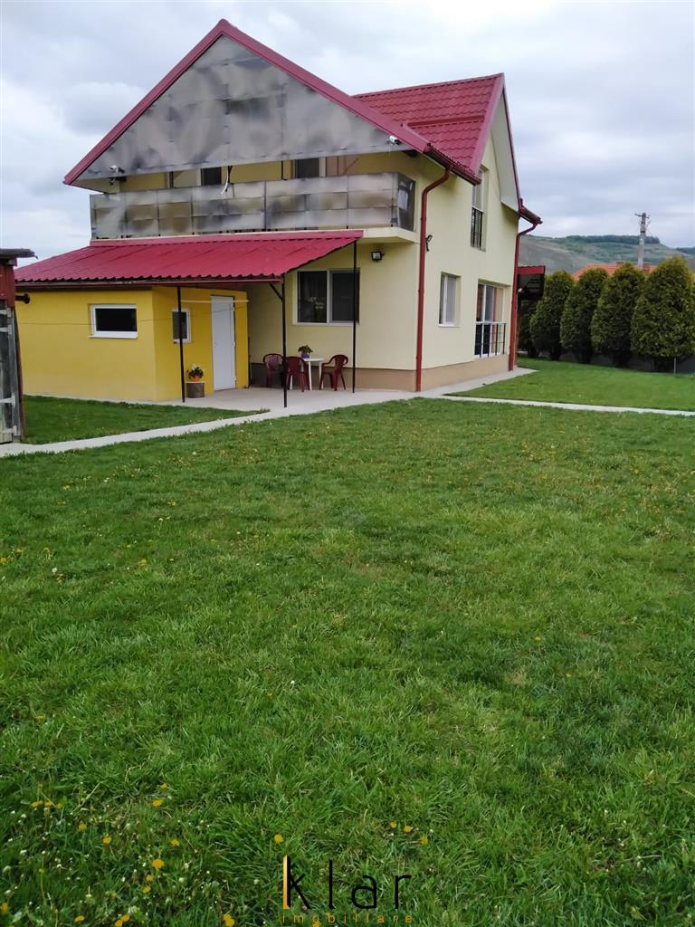 Casa individuala de vanzare decomandat, 4 camere, 1400 mp, zona Jucu!