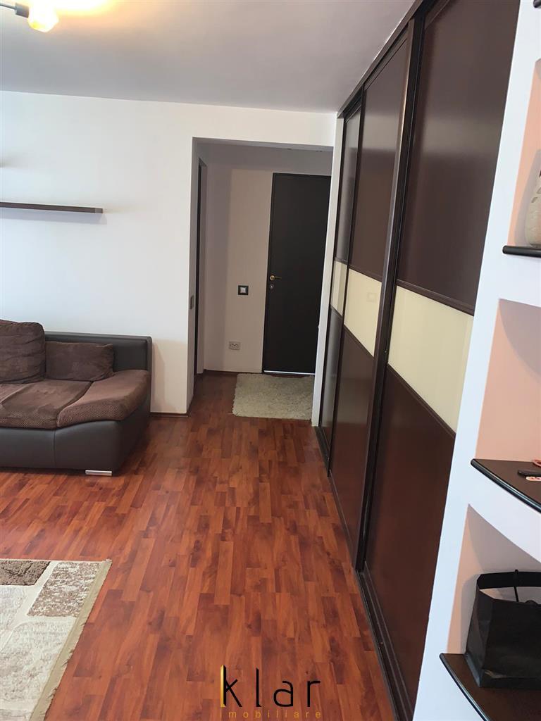 Apartament de vanzare zona centrala,2 camere decomandat!