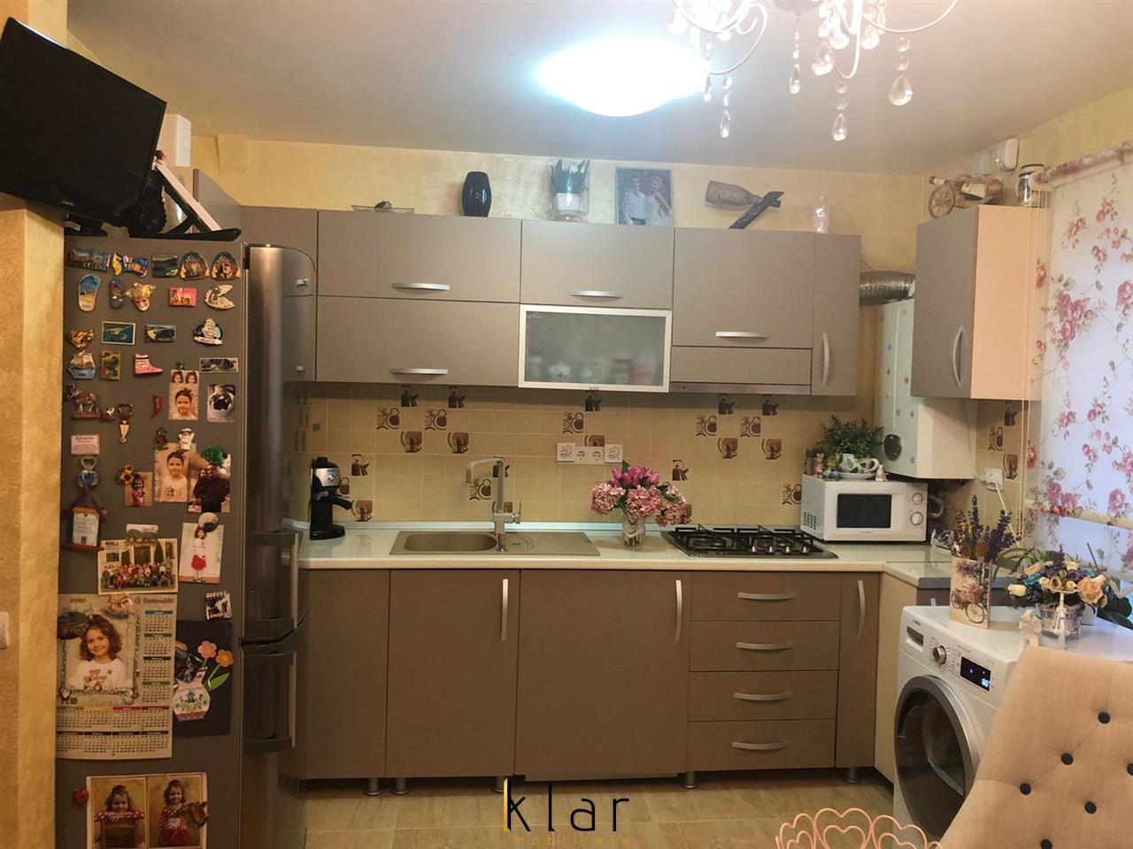 EXCLUSIVITATE! Apartament 3 camere,LUX, zona Cetatii, parcare!