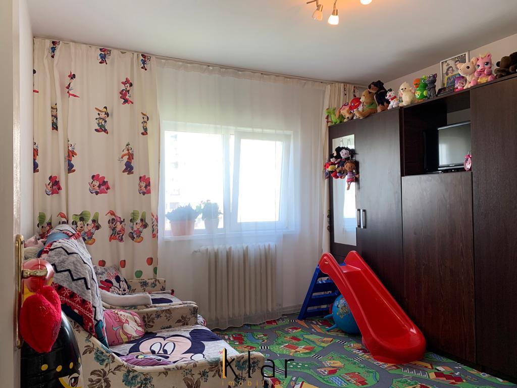 Apartament 2 camere Manastur zona Tasnad
