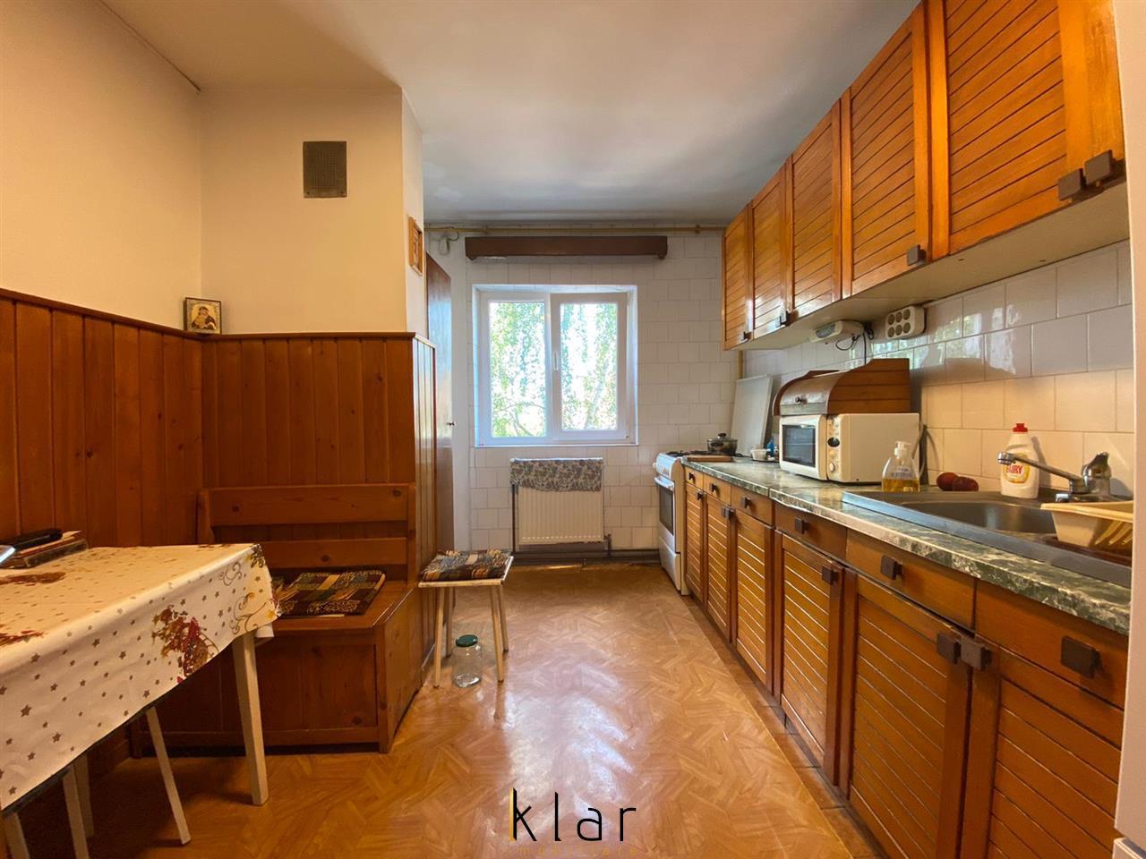 Oferta Rara! 4 Camere Decomandat pe Strada Titulescu