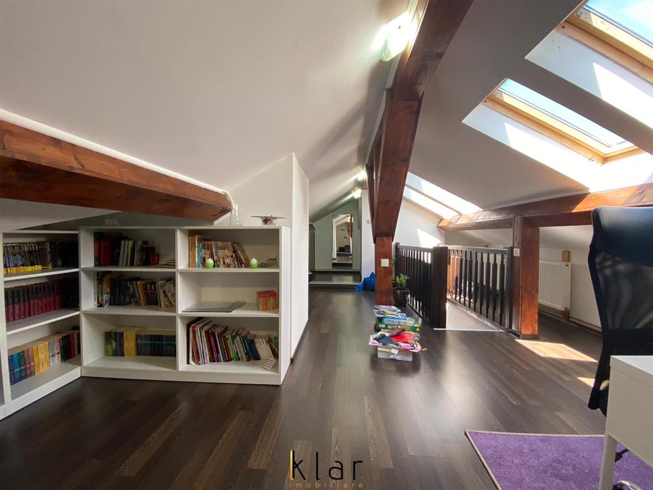 Apartament 3 Camere  In Andrei Muresanu