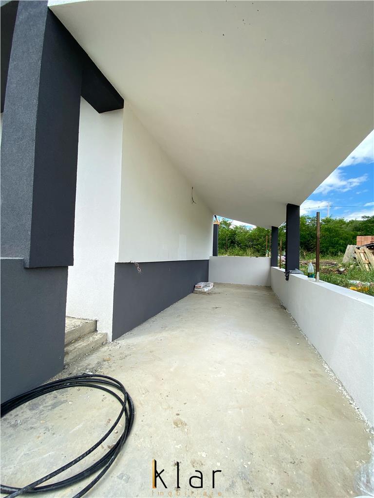 Casa individuala cu garaj si pivnita