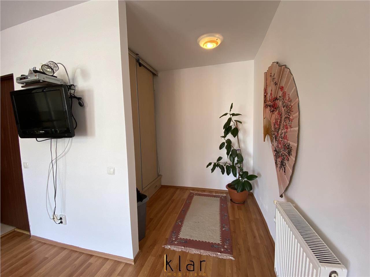 Apartament cu 3 camere, complet mobilat si utilat pe Str. Florilor