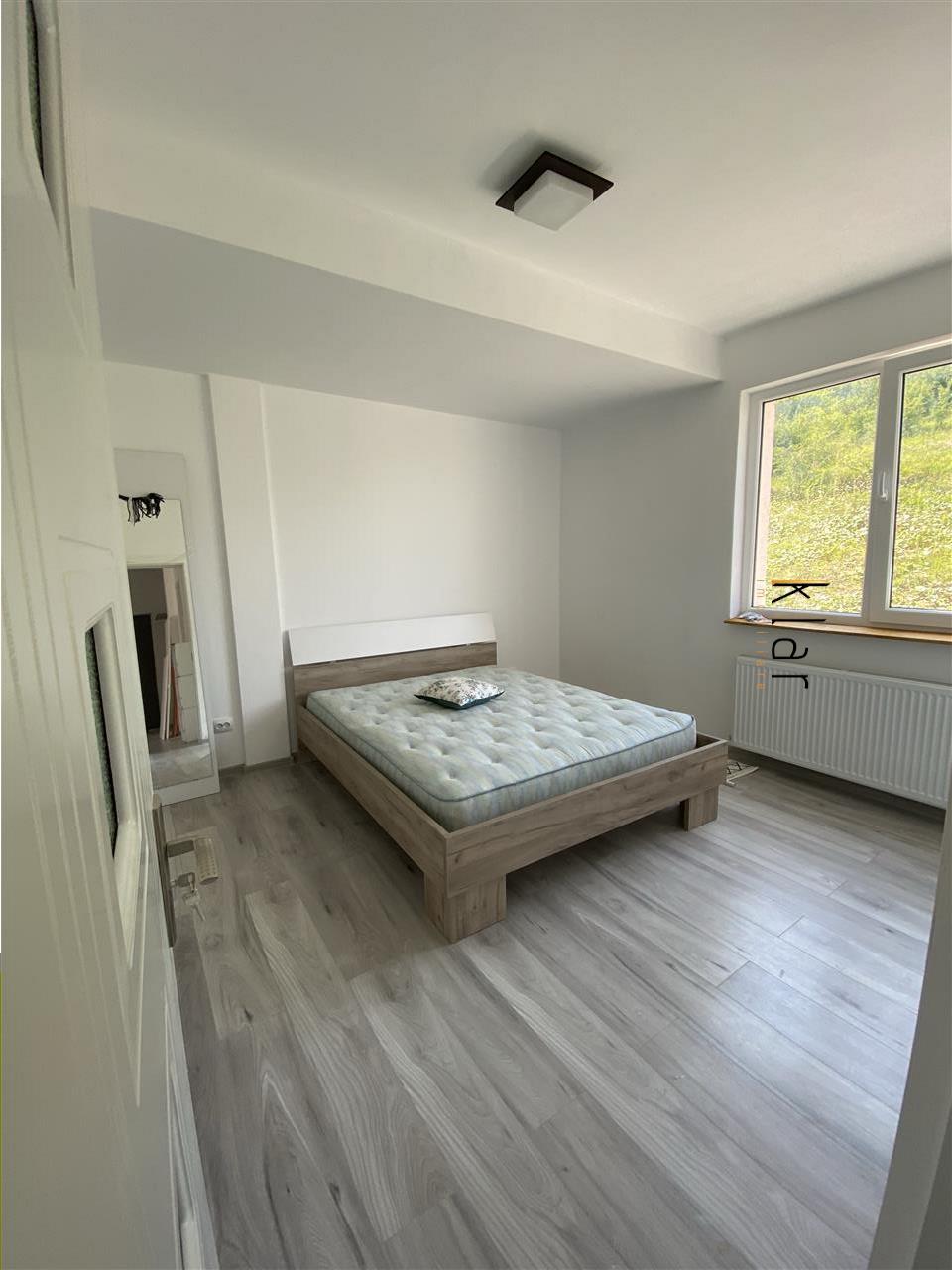 Apartament 3 camere zona Fagului