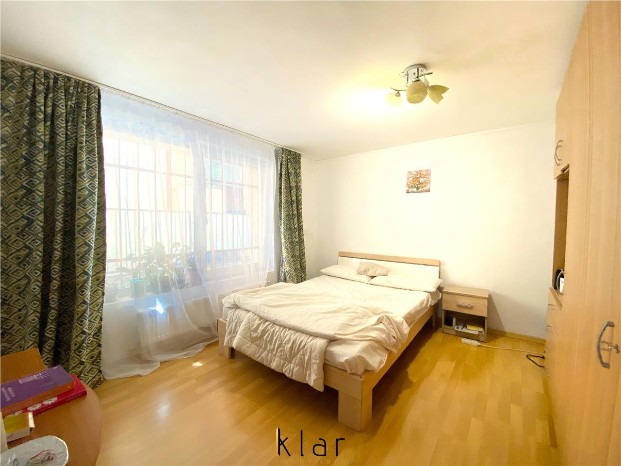 Apartament 2 camere decomandat Intre Lacuri