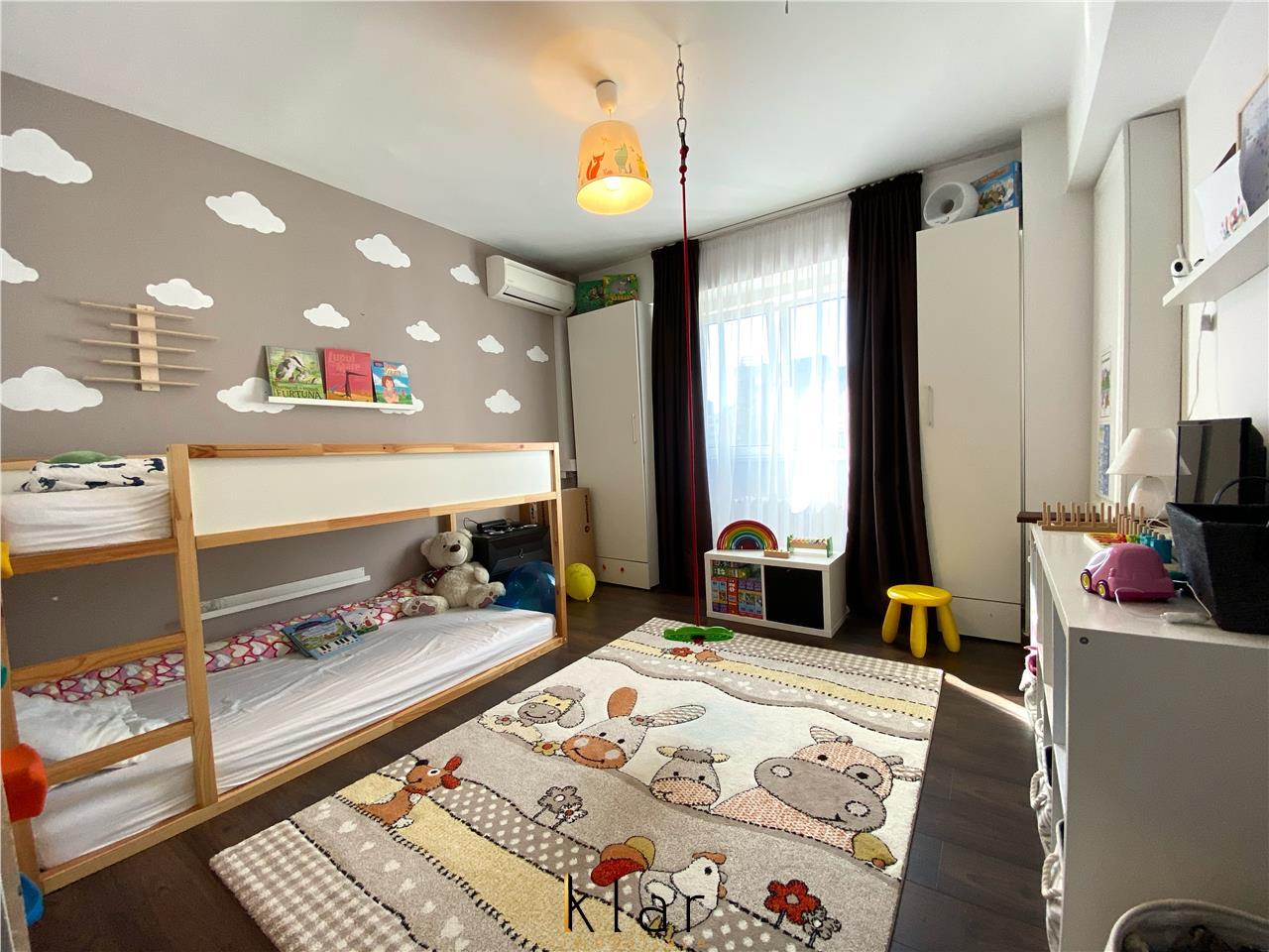 De vanzare apartament 3 camere in Marasti