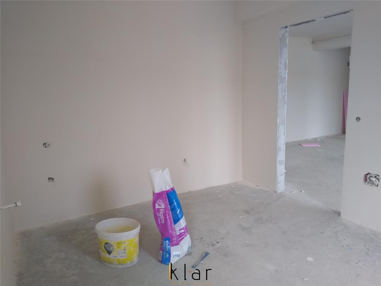 Apartament 2 camere, semifinisat, parcare inclusa, Zona Catanelor