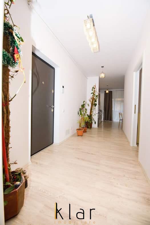 Inchiriere Apartament LUX cu 3 camere, curte privata, Iulius Mall !!!