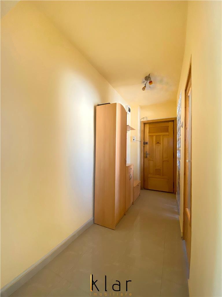 Se vinde apartament 2 camere zona Iulius Mall