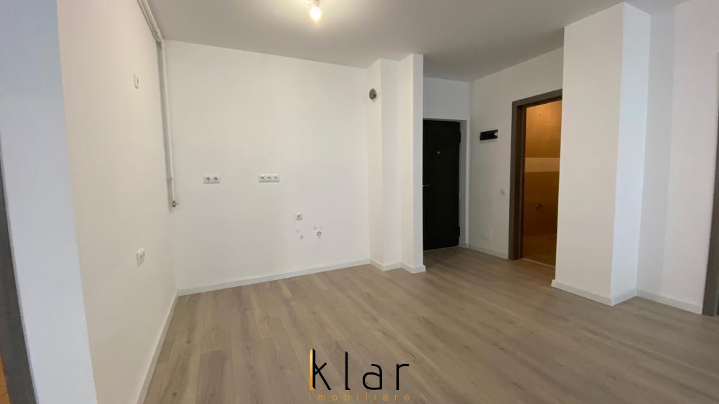 Apartament 3 camere, modern finisat, loc de parcare, zona Vivo!