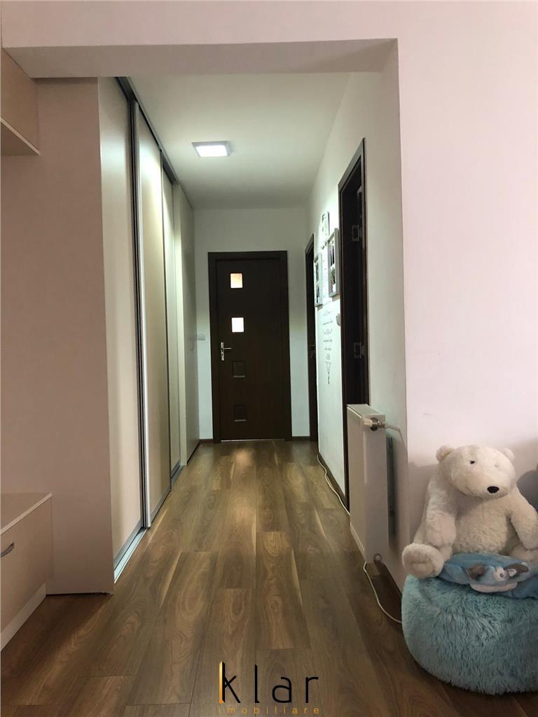 Apartament de vanzare 2 camere, zona centrala a Florestiului!