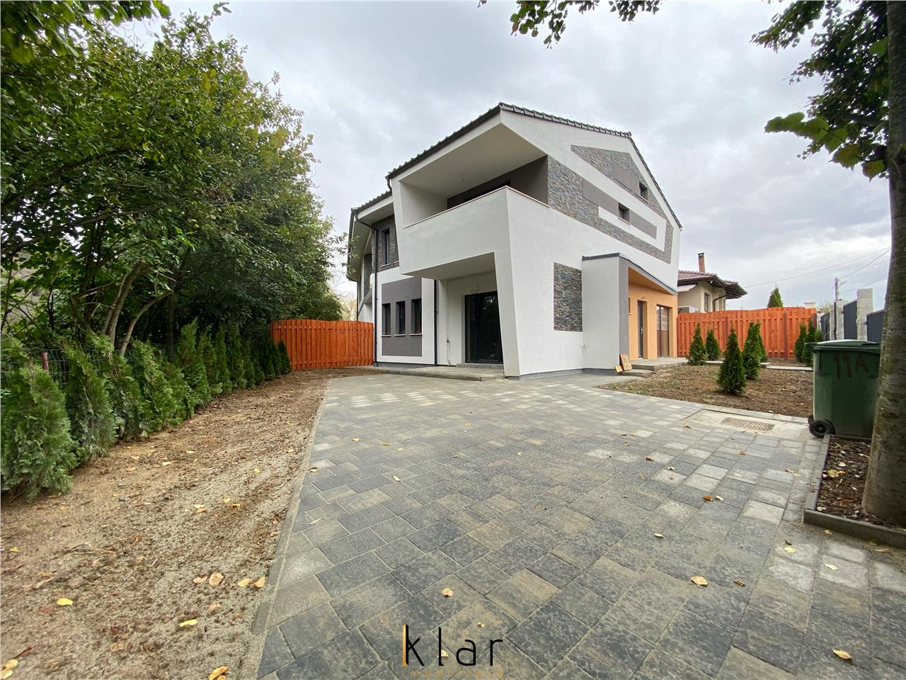 Casatip  Duplex 132 mp in Buna ziua