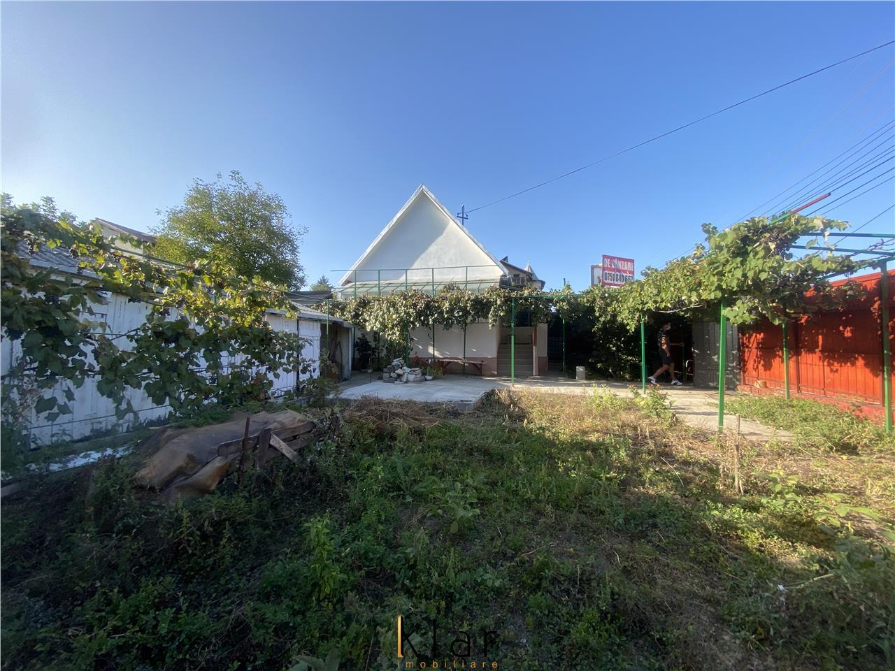Casa mica cu 300 mp teren zona Maramuresului