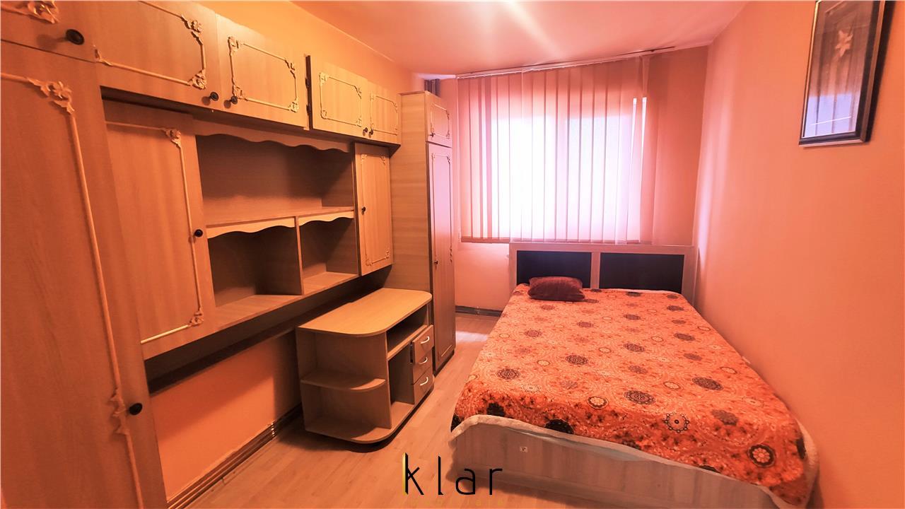 Vanzare apartament 2 camere decomandat  zona BIG