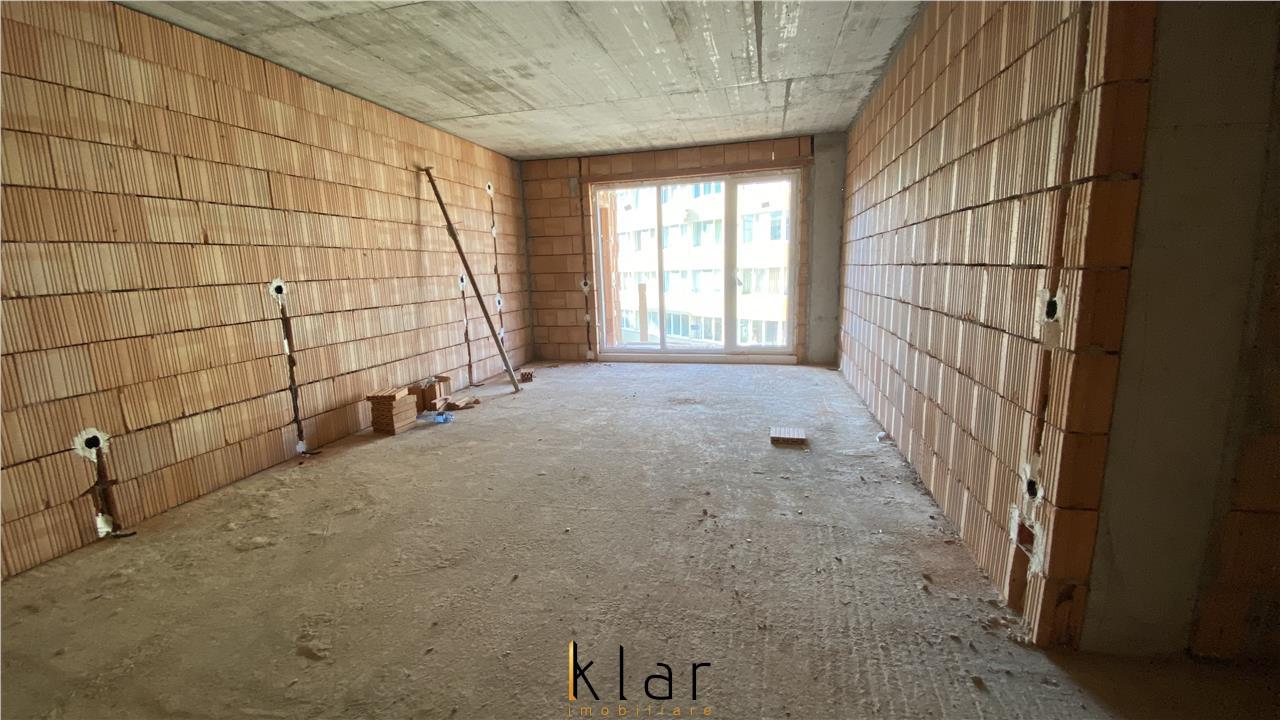 Comision 0! Apartament 3 camere, semifinisat, bloc nou, lift, zona Florilor