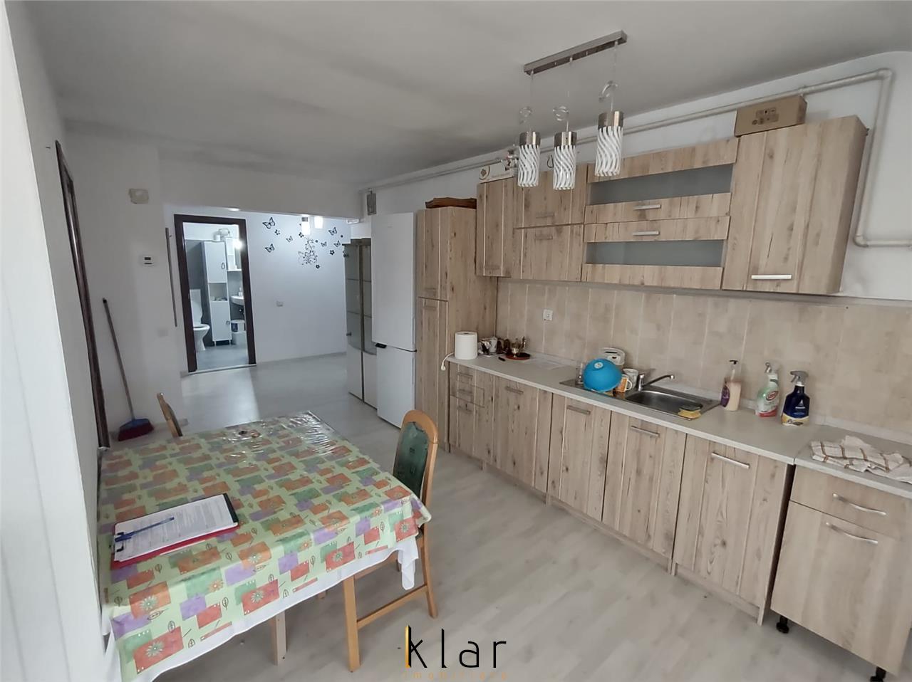 Apartament 3 camere mobilat zona Atelierul de pizza!