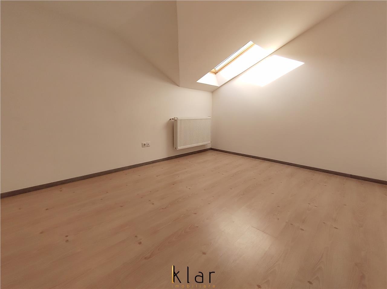 Apartament 4 camere, loc parcare  , zona Teilor , Oportunitate!