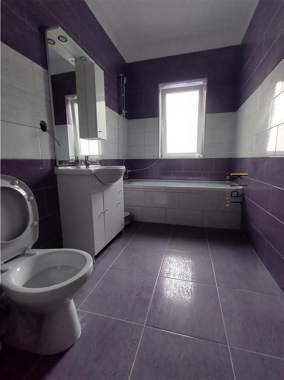Apartament 2 camere zona Sub Cetate!