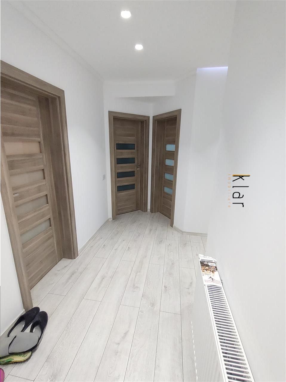 Apartament 3 camere  parcare si garaj zona Sub Cetate!