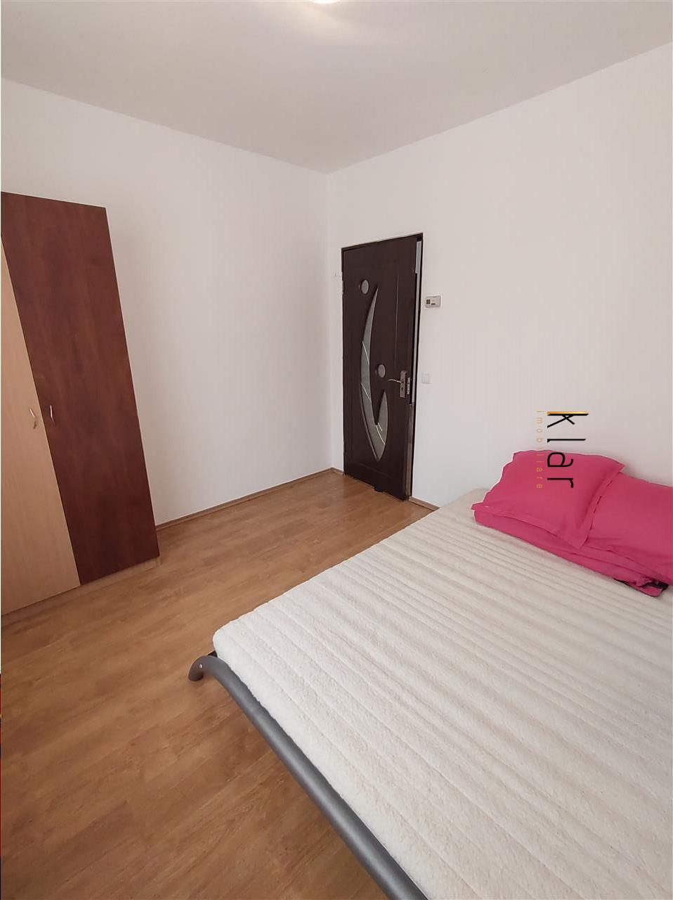 Apartament 3 camere zona Florilor !
