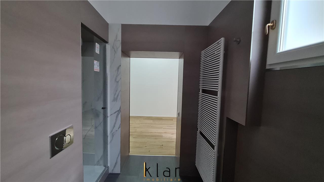 Apartament ultracentral, finisaje moderne, pretabil investitie