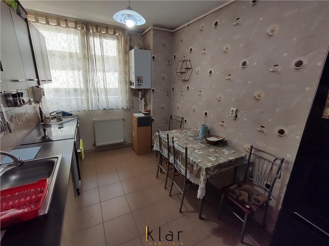 Apartament 2 camere decomandate boxa parcare zona Florilor!