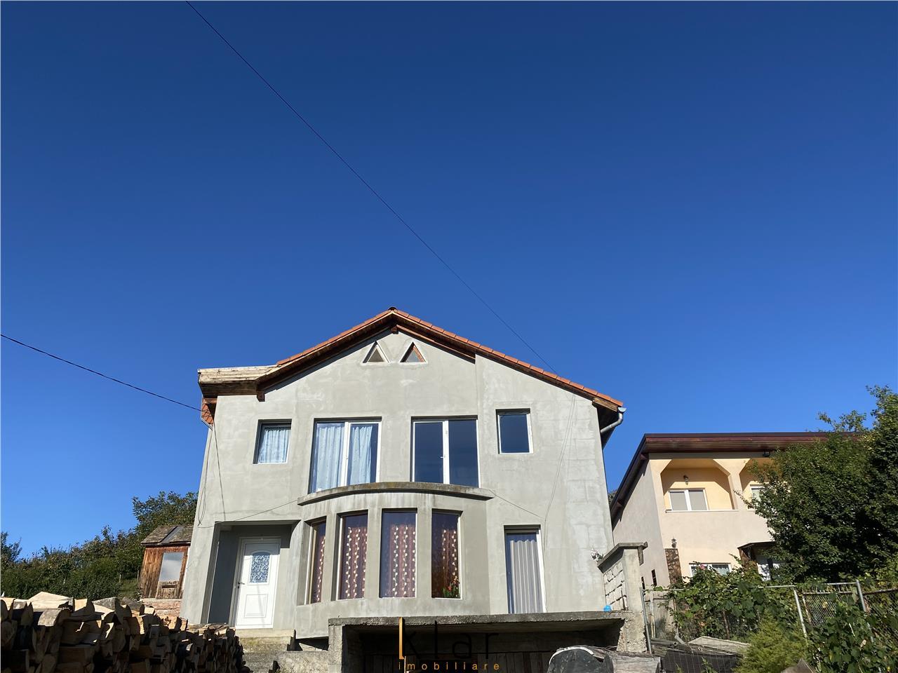 Casa cu panorama  superba spre oras si teren 1213mp