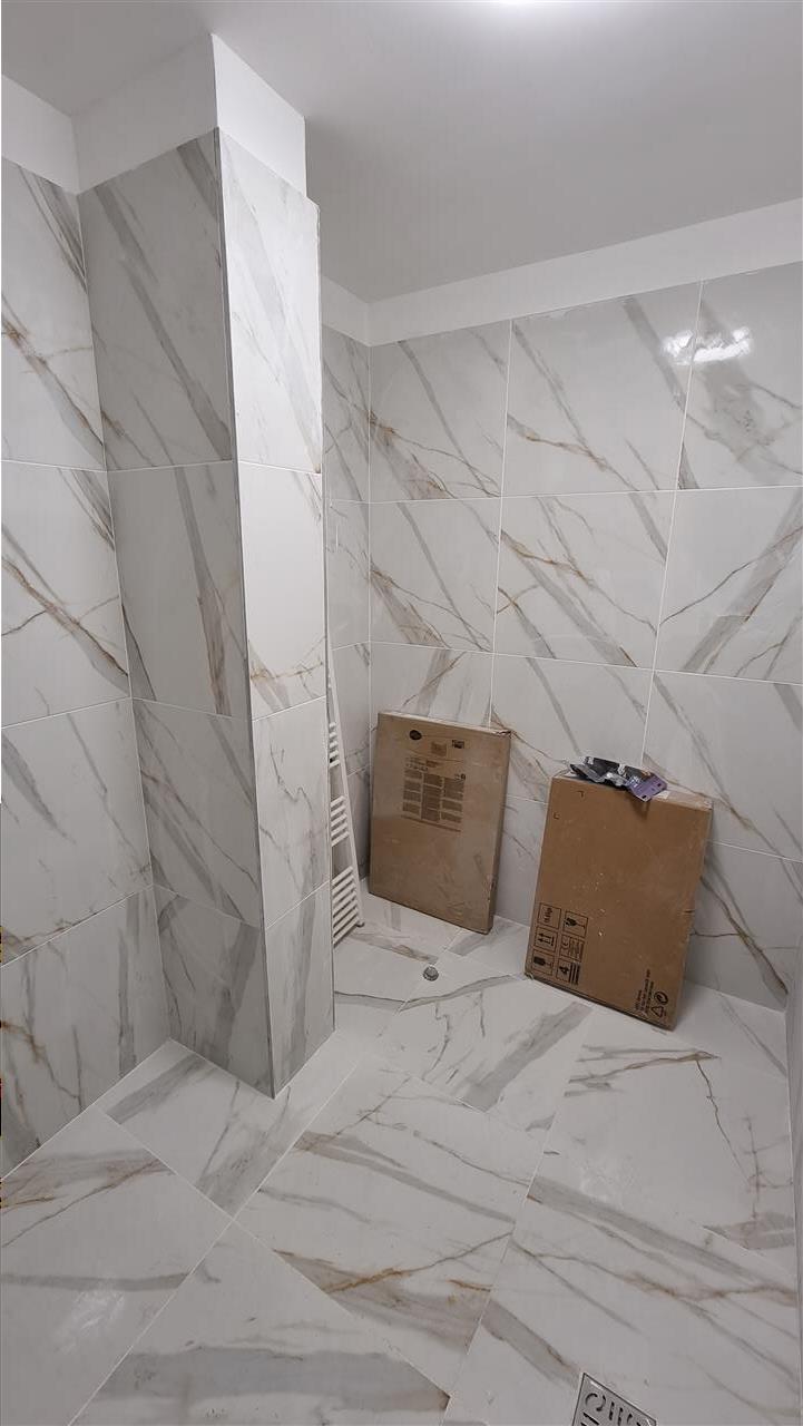 Apartament 3 camere finisat imobil nou cu lift parcare optionala  zona Eroilor!