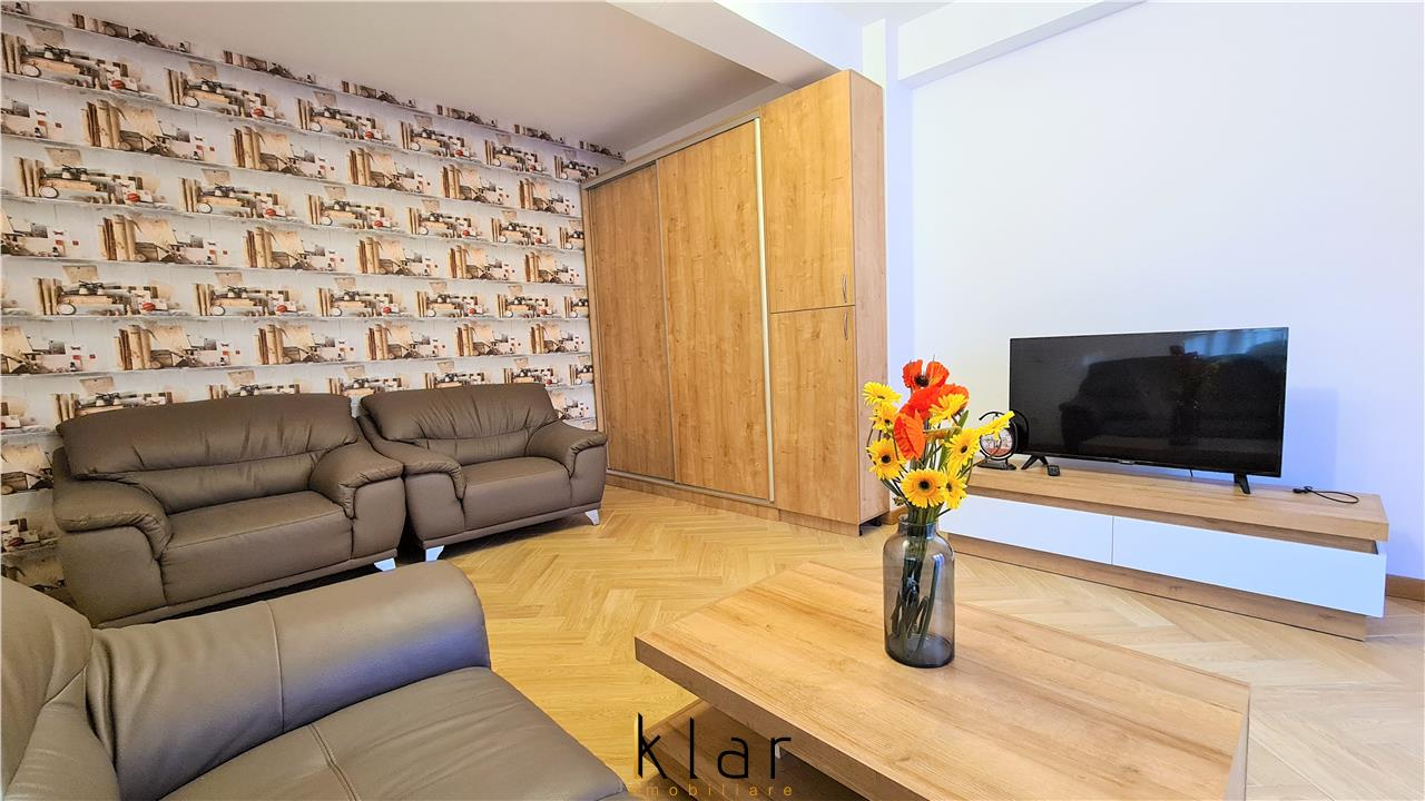 Apartament 2 camere+balcon+parcare, Sopor-Baza Sportiva