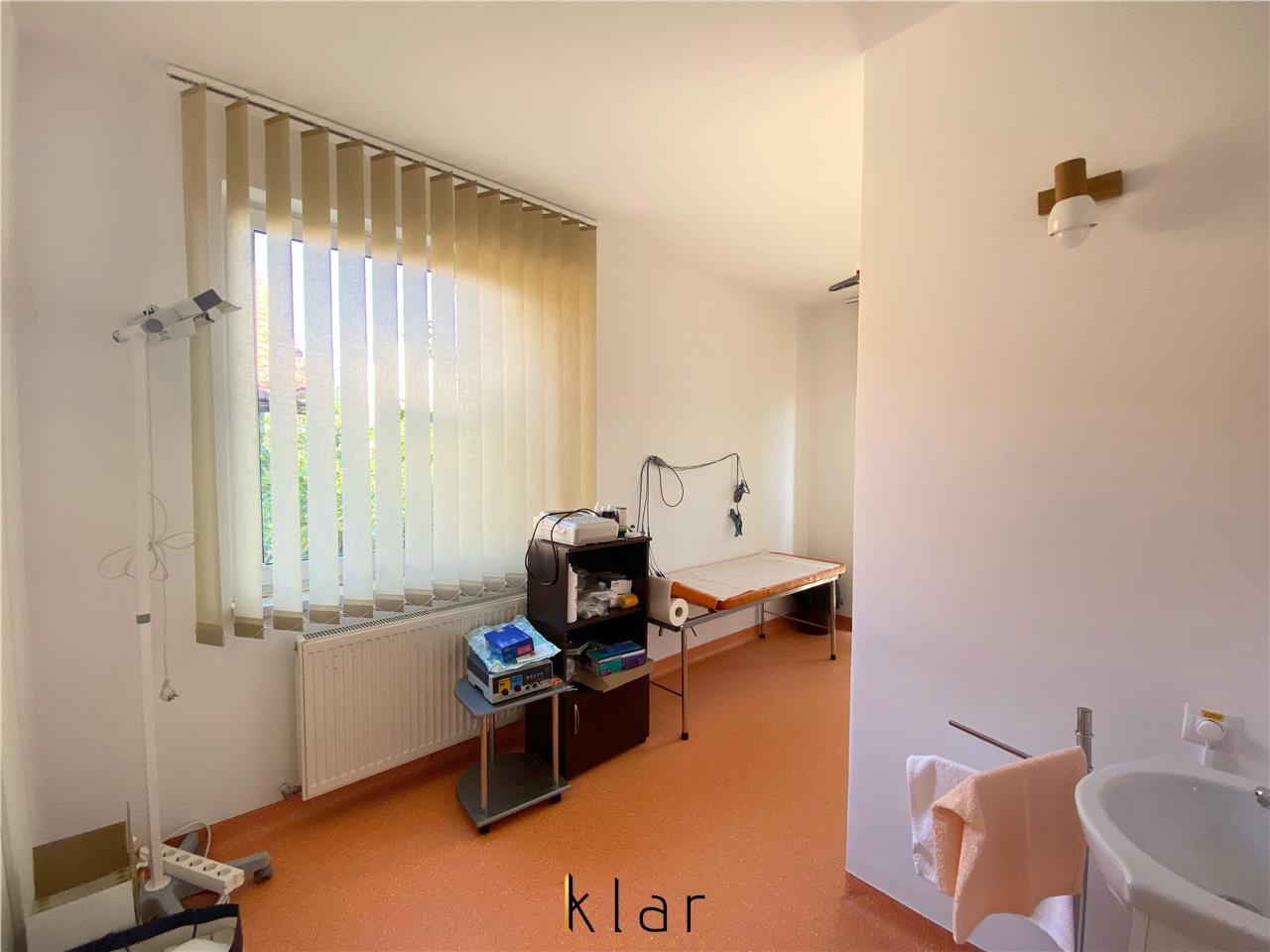 Vila pretabila clinica sau cladire de birouri !