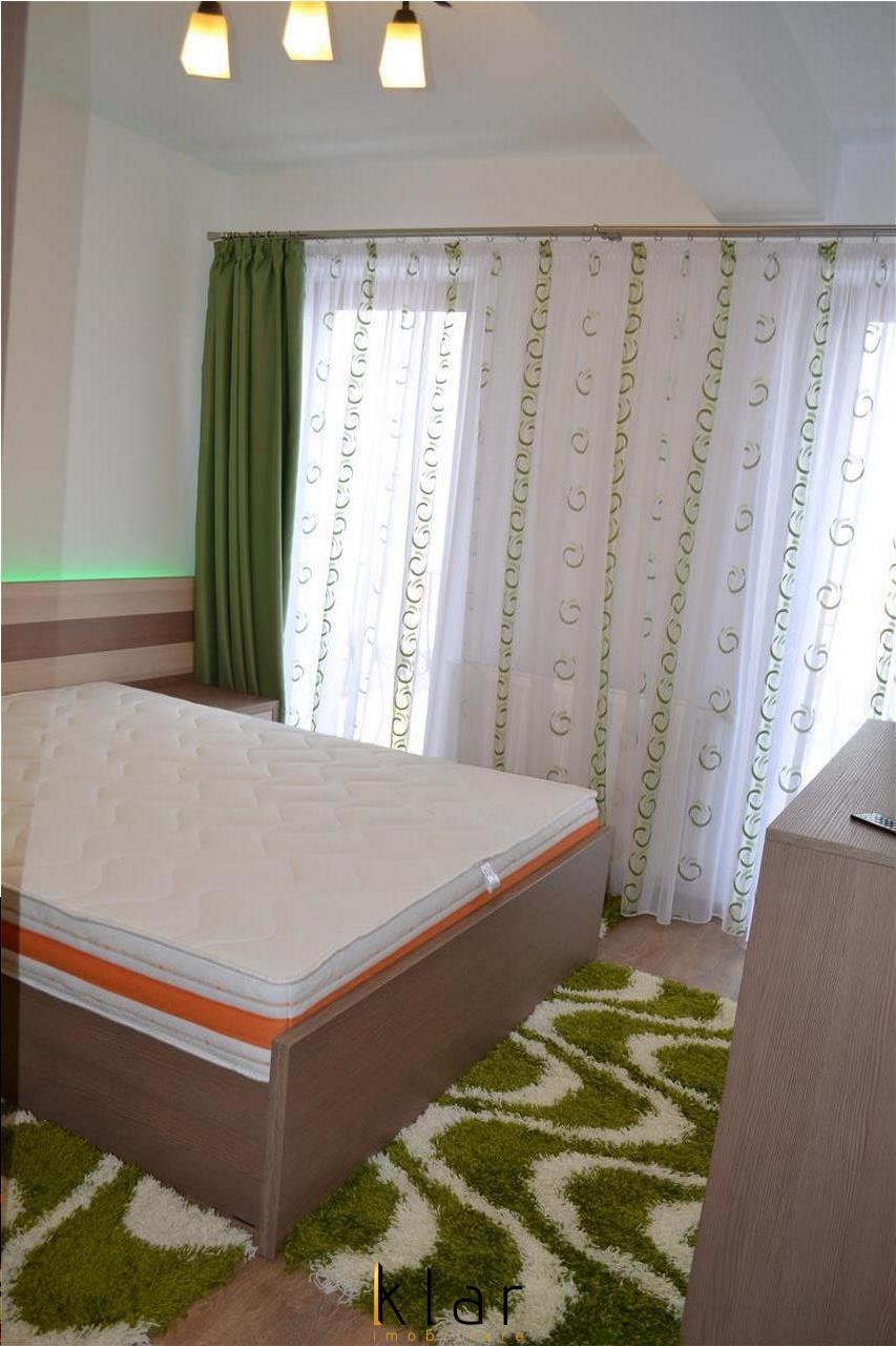 Vanzare Apartament 4 Camere Mobilat in Bloc Tip Vila