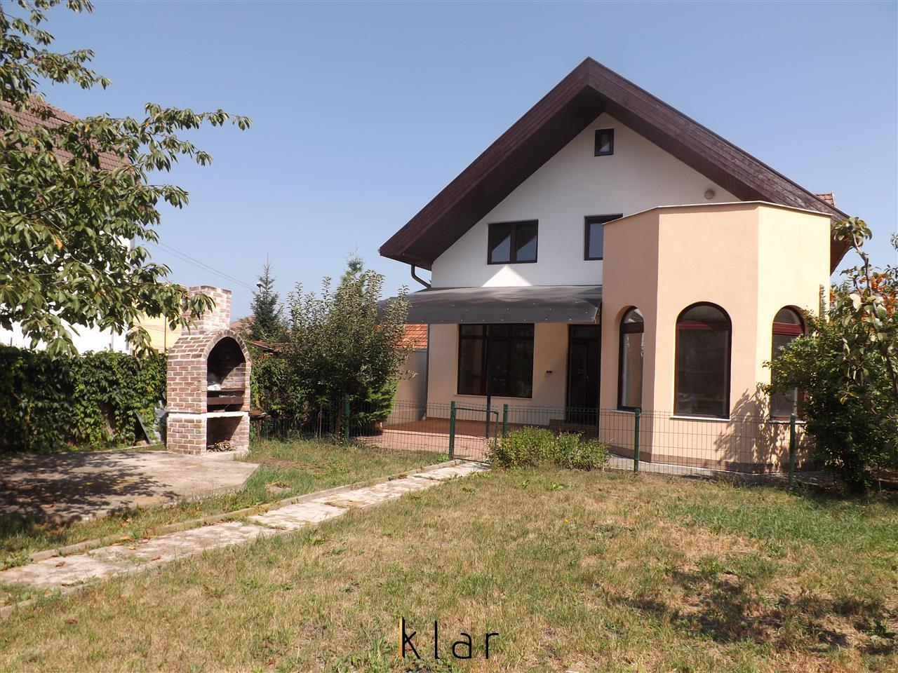 De vanzare Casa Andrei Muresanu