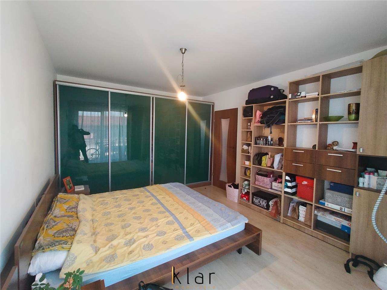 Apartament 2 camere, mobilat si utilat, parcare, zona Eroilor