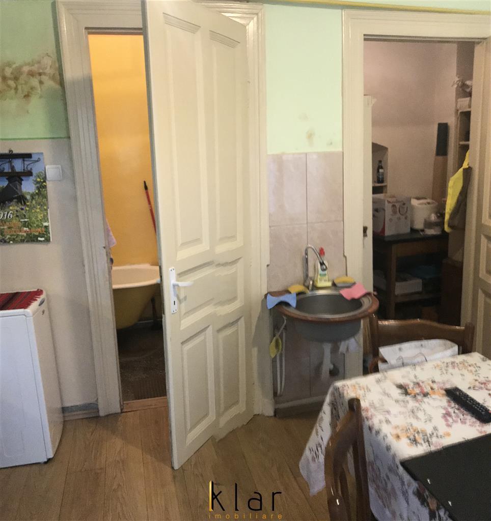 Apartament la casa zona Eroilor