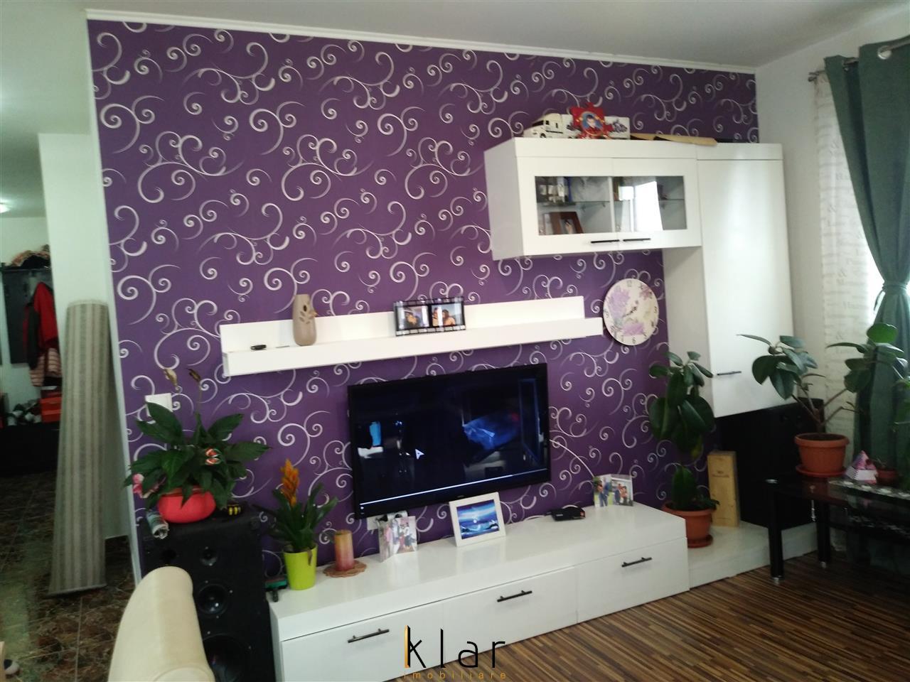Vanzare apartament 2 camere, 45 mp, Calea Baciului, Zona Petrom!