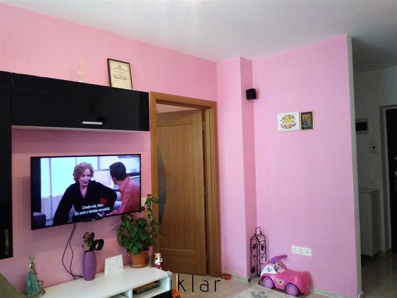 Apartament 2 camere, 47 mp, parcare, Calea Baciului, zona Petrom!
