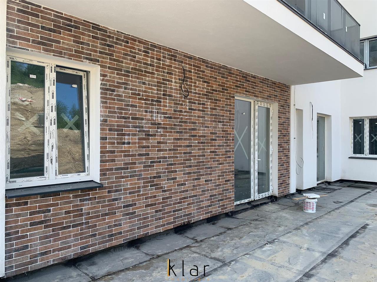 Apartament Doua Camere in Bloc tip Vila cu panorama finisat
