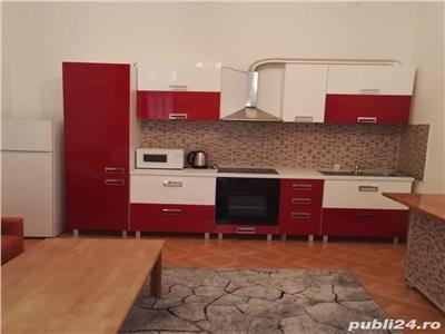 De vanzare apartament 2 camere strada Horea