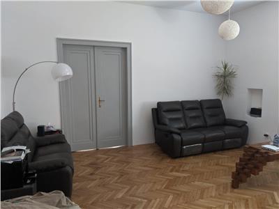 Apartament 3camere zona centrala