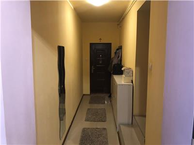 Apartament de vanzare 3 camere in Floresti!