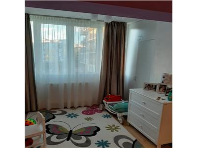 Apartament de vanzare 1 camera pe strada Florilor!