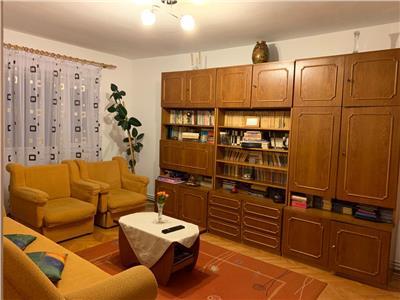 Apartament 3 camere decomandat Piata Cipariu