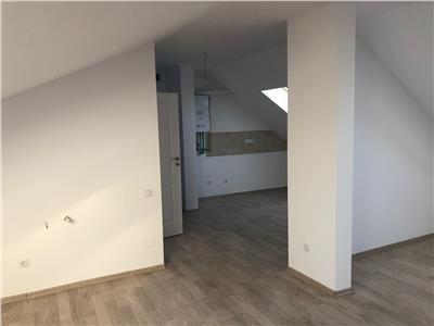 Apartament la Mansarda in zona Sub Cetate!